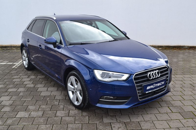 audi a3 sportback 2 0 tdi dsg ambition xenon navi ahk gebraucht kaufen in singen preis 17580. Black Bedroom Furniture Sets. Home Design Ideas