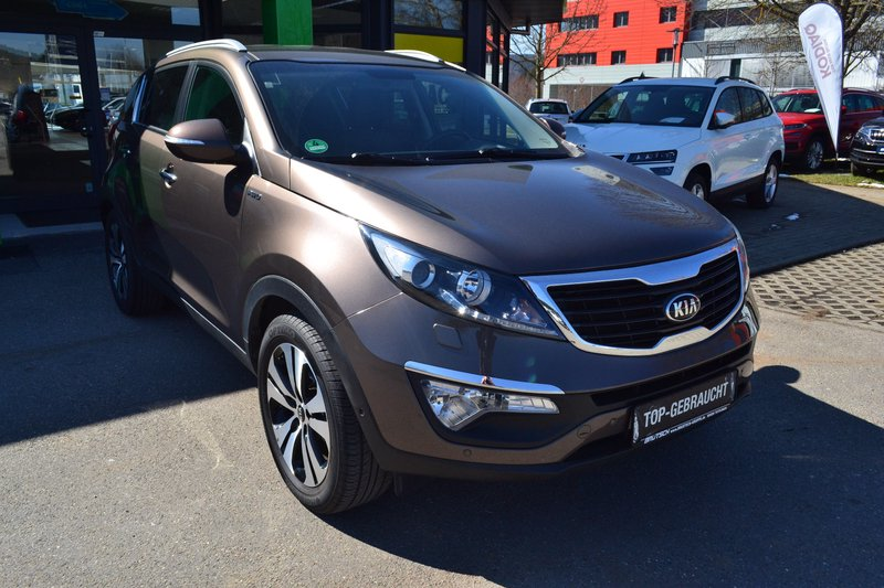 kia sportage 2 0 crdi spirit 4wd automatik navi xenon. Black Bedroom Furniture Sets. Home Design Ideas
