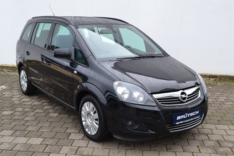 opel zafira b family 1 7 cdti klima navi ahk gebraucht kaufen in tuttlingen preis 9680 eur. Black Bedroom Furniture Sets. Home Design Ideas