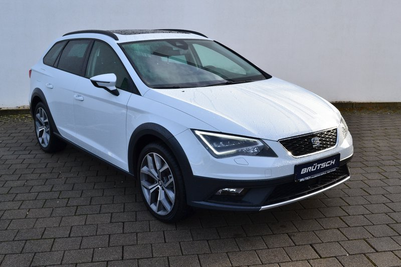 seat leon st x perience 4drive alcantara panorama led. Black Bedroom Furniture Sets. Home Design Ideas