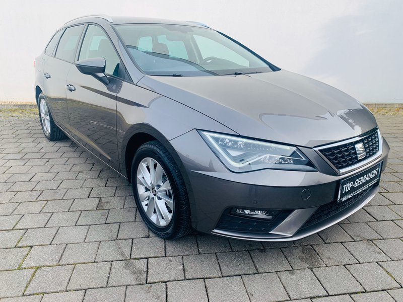 seat leon st style 2 0 tdi navi voll led climatronic. Black Bedroom Furniture Sets. Home Design Ideas