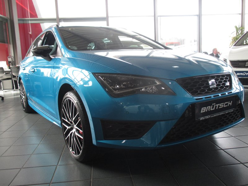 seat leon st cupra 290 2 0 tsi dsg performance black. Black Bedroom Furniture Sets. Home Design Ideas