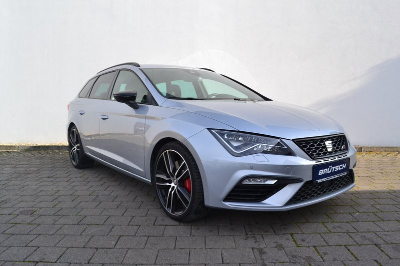 seat leon st cupra 300 2 0 tsi 4drive dsg leder navi. Black Bedroom Furniture Sets. Home Design Ideas