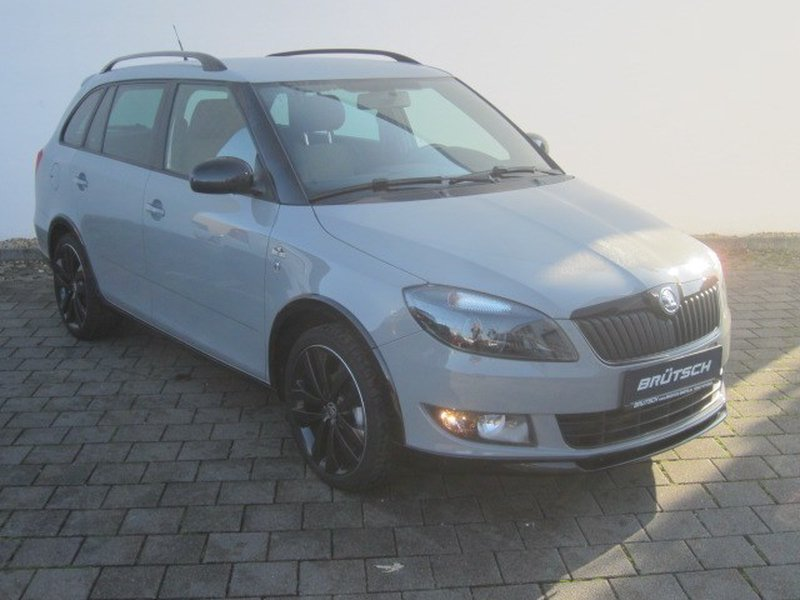 skoda fabia combi 1 2 tsi monte carlo gebraucht kaufen in tuttlingen preis 11980 eur int nr. Black Bedroom Furniture Sets. Home Design Ideas