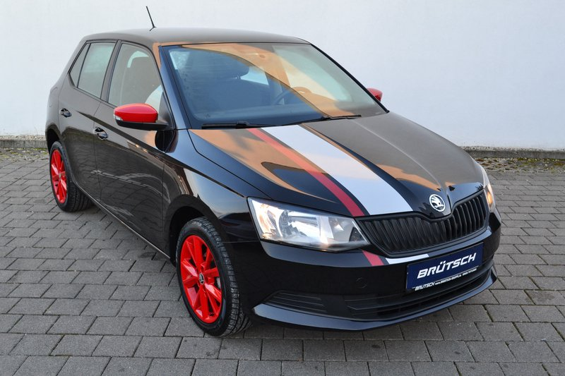 skoda fabia iii 1 2 tsi cool edition red grey gebraucht. Black Bedroom Furniture Sets. Home Design Ideas