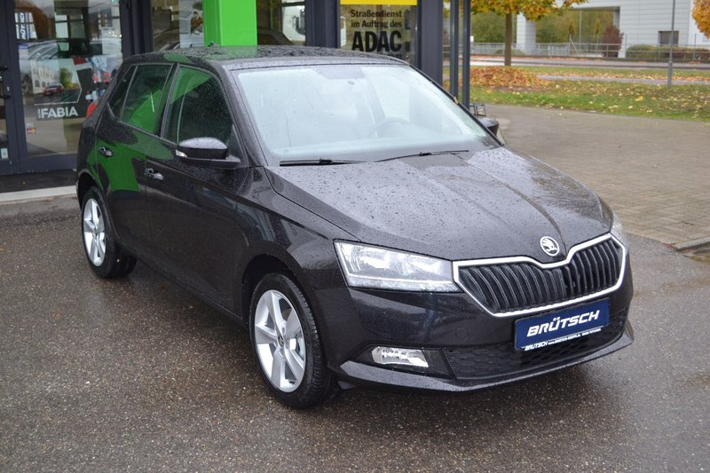 skoda fabia 1 0 mpi cool plus br tsch edition 5 jahre. Black Bedroom Furniture Sets. Home Design Ideas