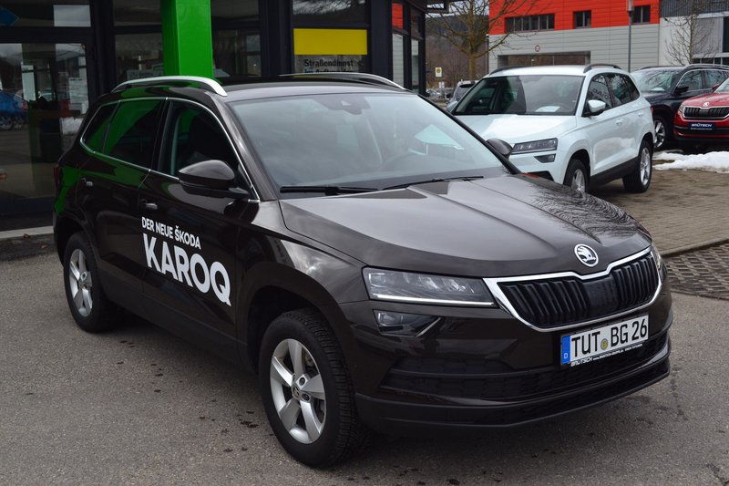 skoda karoq style 1 5 tsi act 7 gang dsg acc business. Black Bedroom Furniture Sets. Home Design Ideas