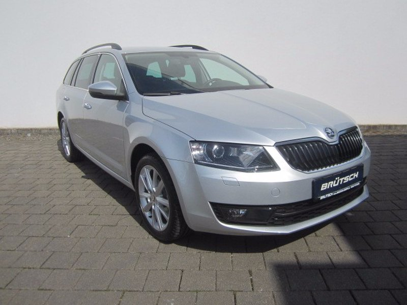 skoda octavia combi 1 2 tsi dsg elegance xenon navi gebraucht kaufen in singen preis 18980 eur. Black Bedroom Furniture Sets. Home Design Ideas