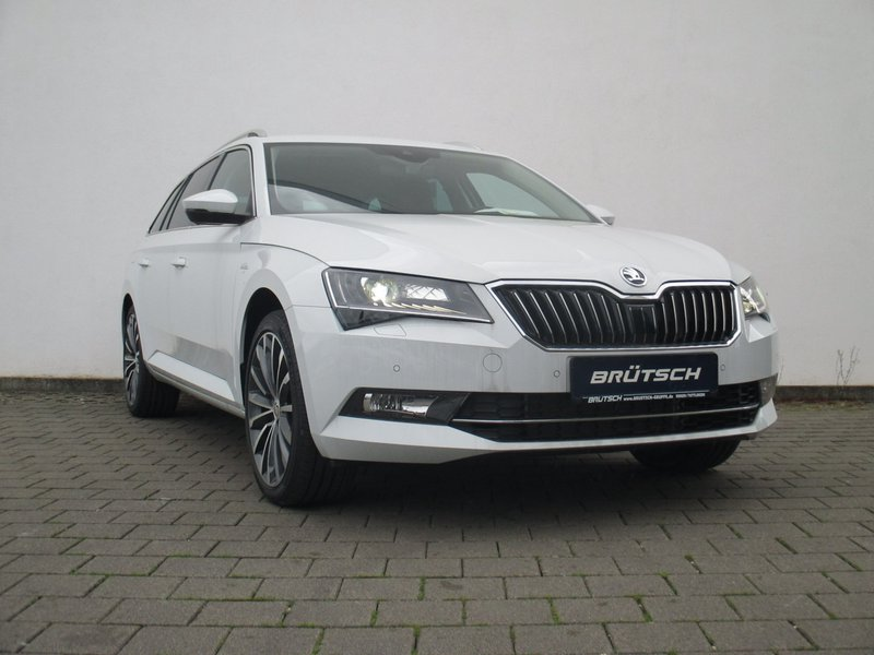 skoda superb combi superb iii combi 2 0 tsi dsg 4x4 l k. Black Bedroom Furniture Sets. Home Design Ideas